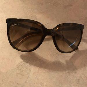 Brown Ray Ban sunglasses